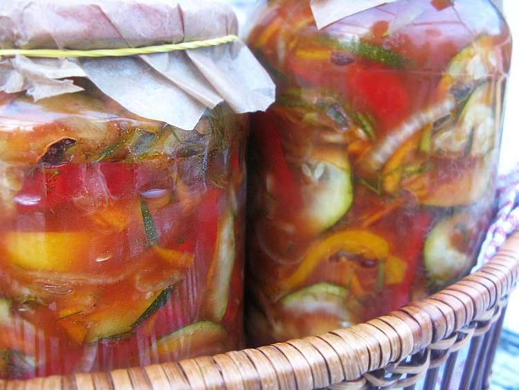 pomidorowasalatkawarzywna_localfoodie_wpis1