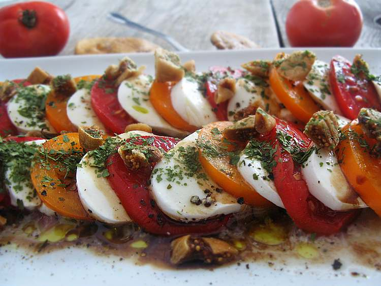 salatkazpomidoramimozarellafiga_localfoodie_wpis2